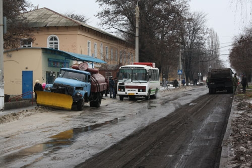 Ремонт дорог в Краматорске зимой